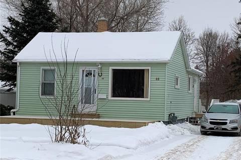 House for sale at 46 Prairie Ave Weyburn Saskatchewan - MLS: SK797866