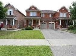 Townhouse for sale at 46 Saintsbury Cres Brampton Ontario - MLS: W4556449