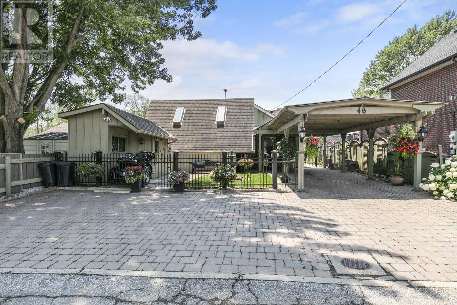 House for sale at 46 Senator  Lasalle Ontario - MLS: 20008172