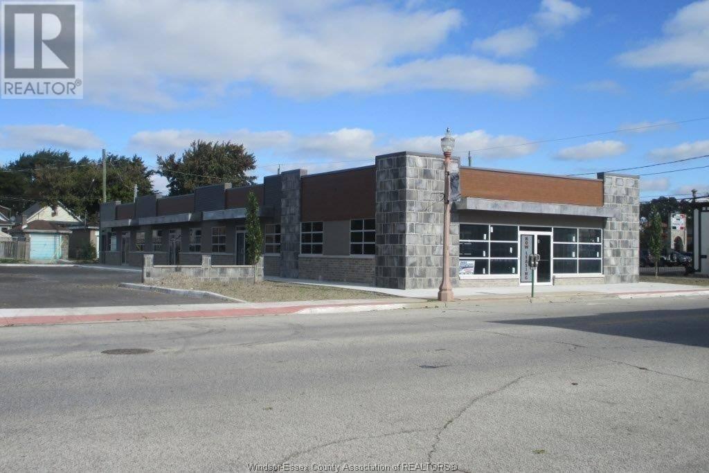 460 Erie Street East, Windsor | Image 1