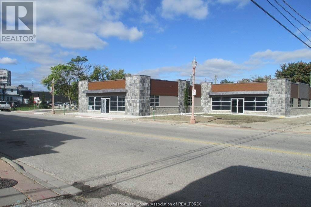 460 Erie Street East, Windsor | Image 2