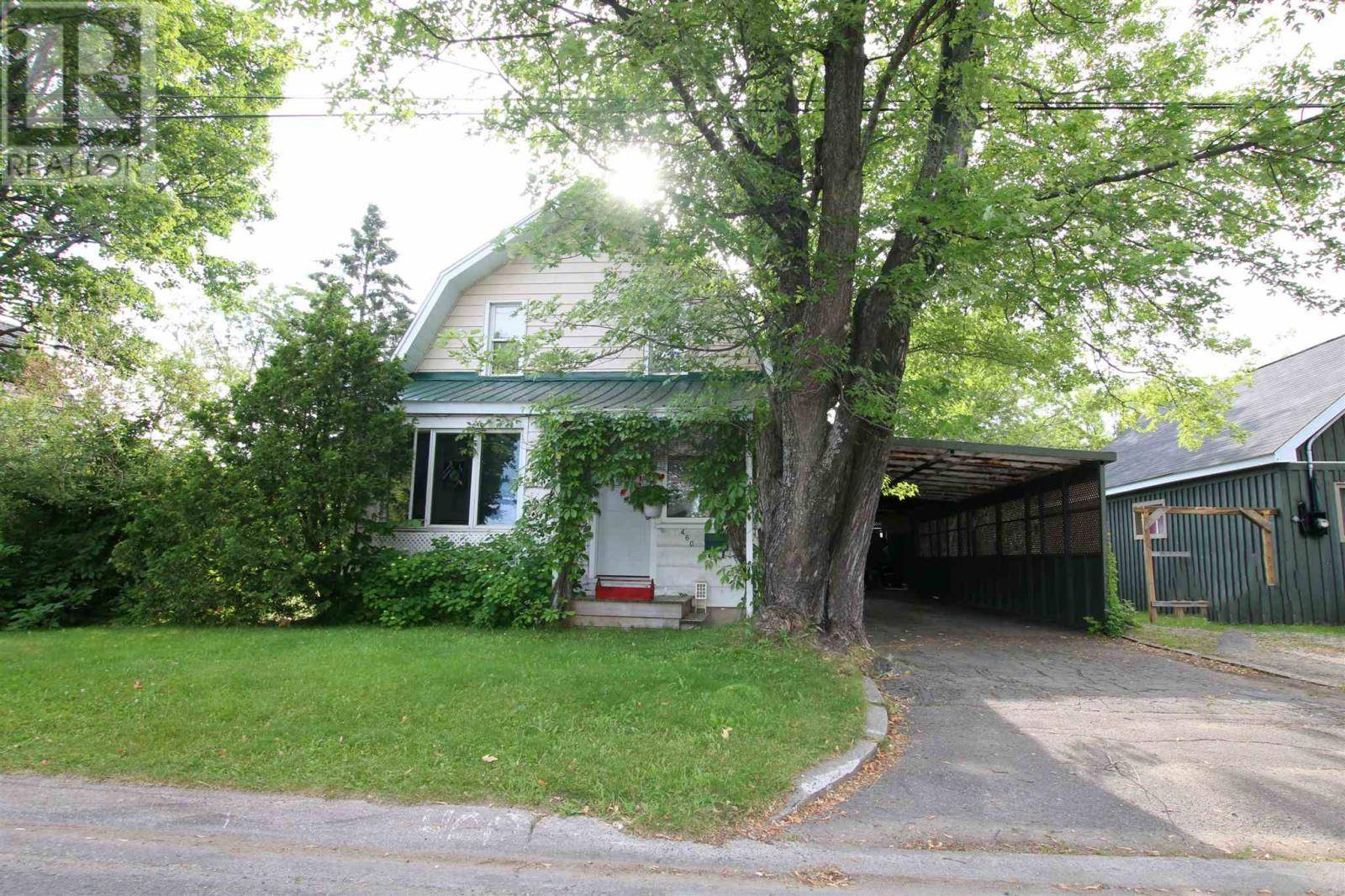 House for sale at 460 Parliament  Sault Ste. Marie Ontario - MLS: SM126293