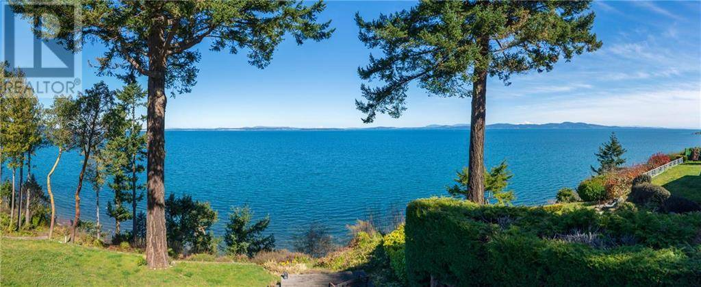 House for sale at 4601 Cordova Bay Rd Victoria British Columbia - MLS: 408932