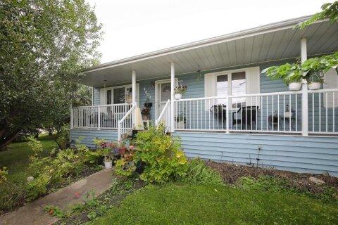 House for sale at 4603 38 Avenue Close Ponoka Alberta - MLS: A1004682