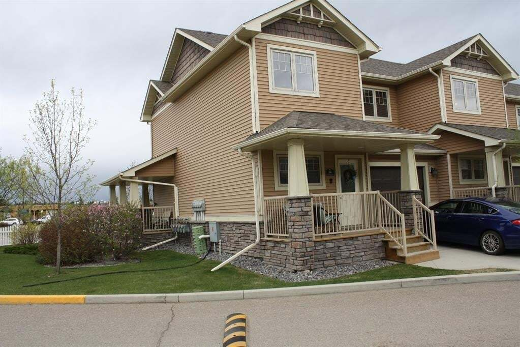 Townhouse for sale at 4603 Ryders Ridge Blvd Sylvan Lake Alberta - MLS: CA0190051