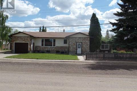 House for sale at 4608 Sun Ave Macklin Saskatchewan - MLS: SK737587
