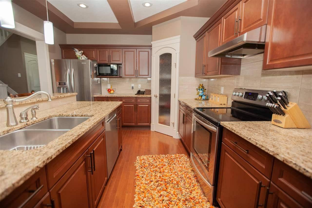 House for sale at 461 Ainslie Cres Sw Edmonton Alberta - MLS: E4182829
