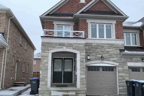 Townhouse for sale at 461 Queen Mary Dr Brampton Ontario - MLS: W4679947
