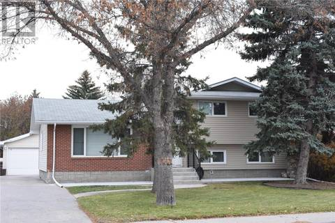 House for sale at 4611 Queen St Regina Saskatchewan - MLS: SK789358