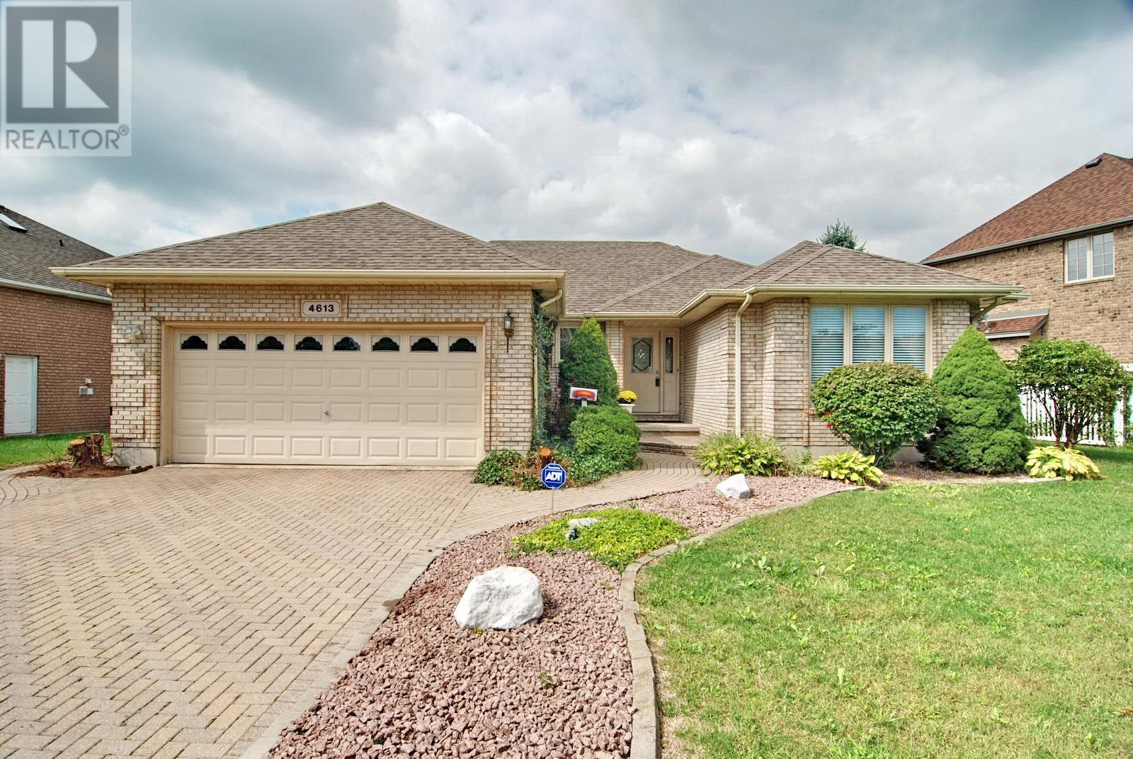 Removed: 4613 Southwood Lakes, Windsor, ON - Removed on 2019-09-27 06:12:10