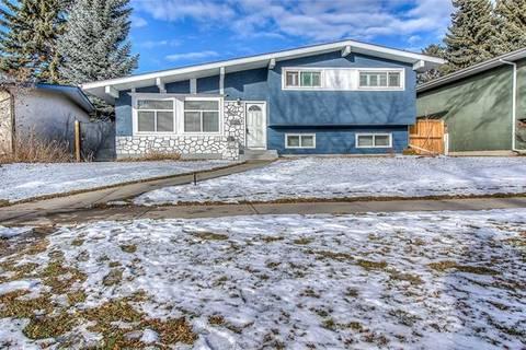 House for sale at 4615 Brisebois Dr Northwest Calgary Alberta - MLS: C4286706