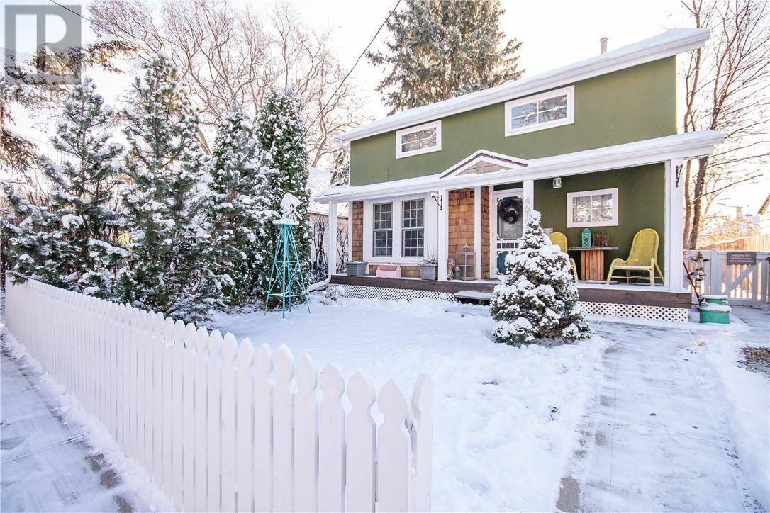 House for sale at 4619 45 St Red Deer Alberta - MLS: ca0178056
