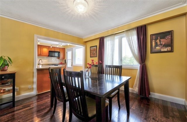 For Sale: 462 Balkan Road, Richmond Hill, ON | 3 Bed, 2 Bath House for $1,198,000. See 20 photos!