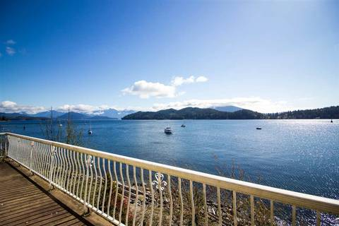 House for sale at 462 Marine Dr Gibsons British Columbia - MLS: R2428336