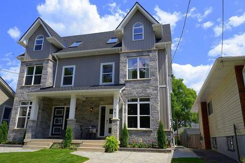 Townhouse for sale at 462 Mary St Hamilton Ontario - MLS: X4532307