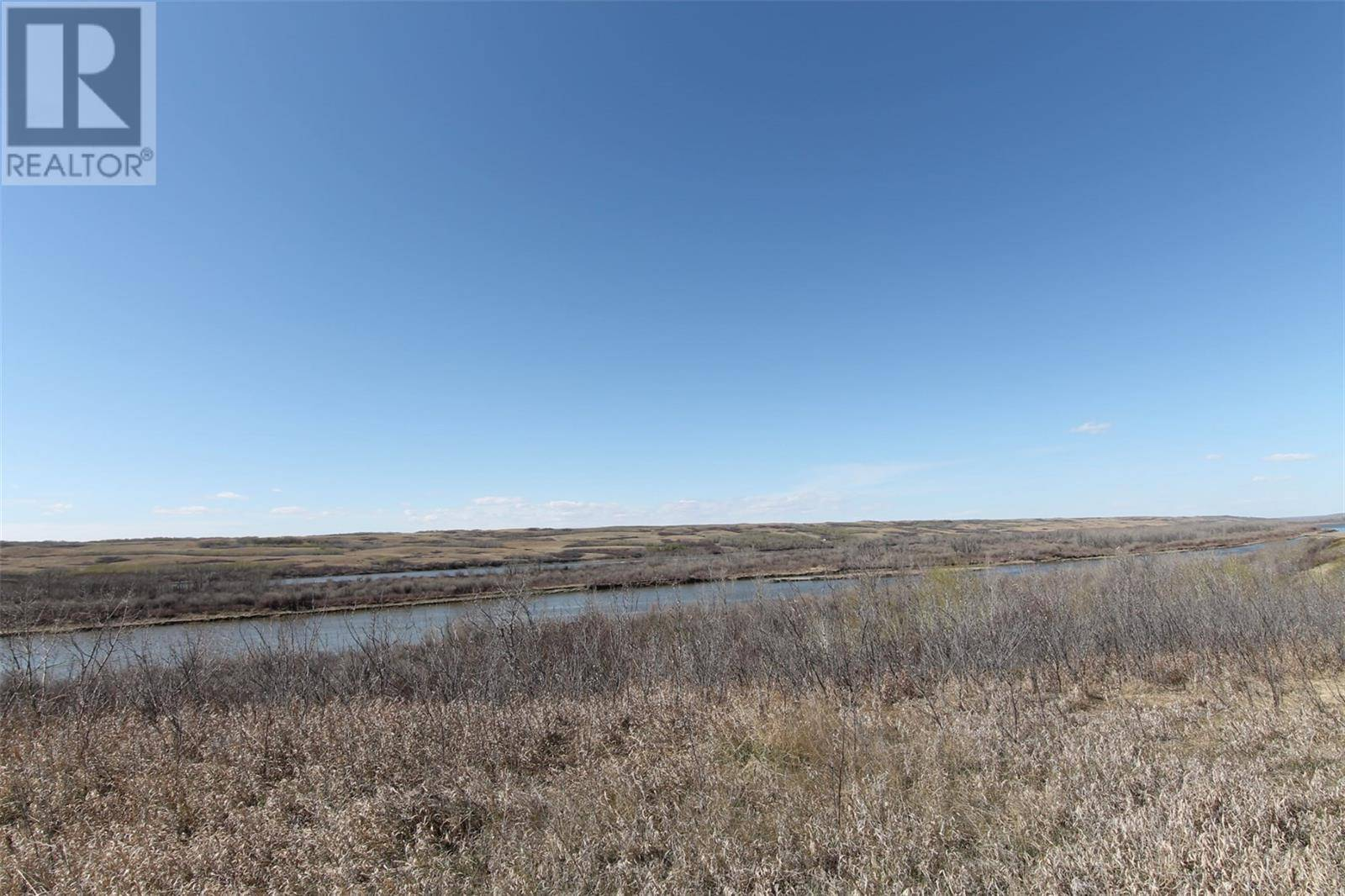 Residential property for sale at 462 Saskatchewan Rd Sarilia Country Estates Saskatchewan - MLS: SK772064