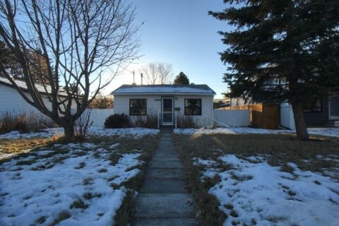 House for sale at 4623 21 Ave NW Calgary Alberta - MLS: A1053323