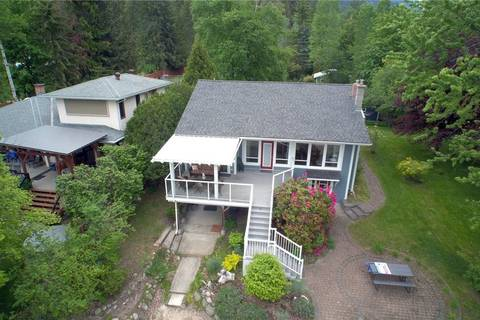 4626 Crescent Road, Nelson | Image 1