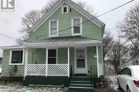 House for sale at 463 Pleasant St New Glasgow Nova Scotia - MLS: 201828070