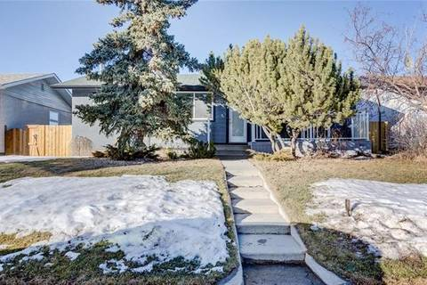 House for sale at 4632 Marwood Wy Northeast Calgary Alberta - MLS: C4292207
