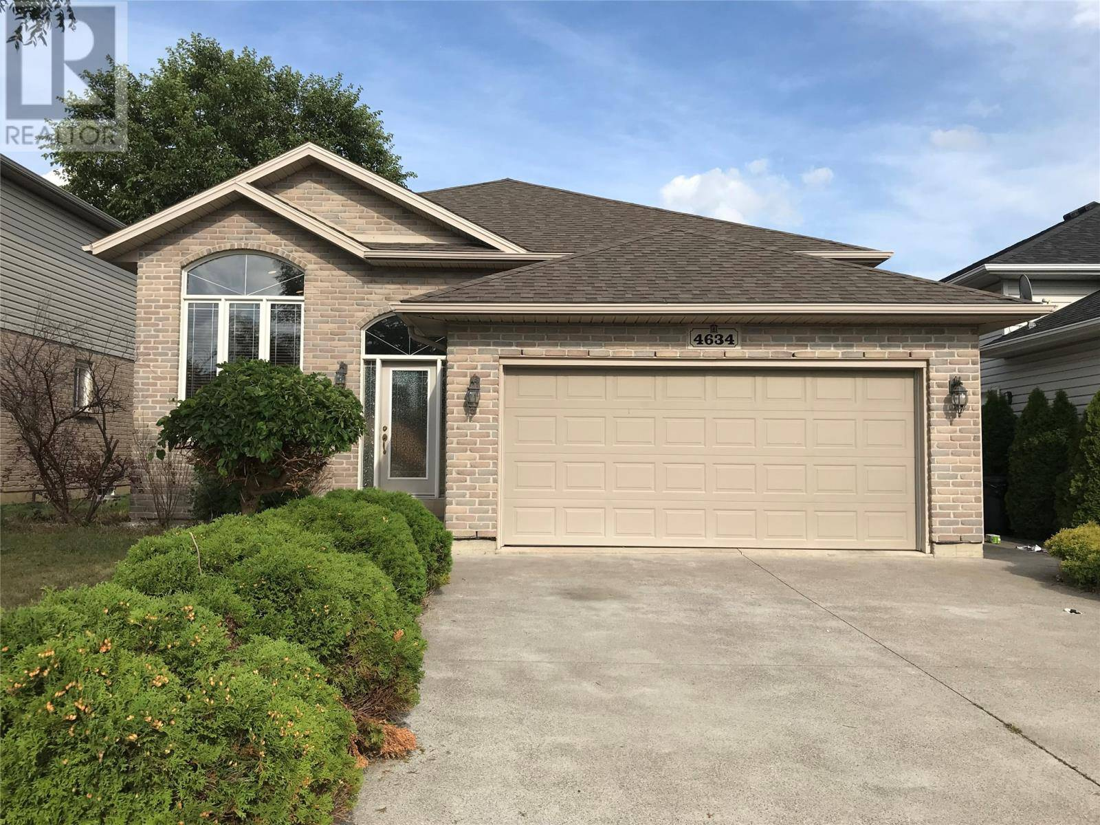 House for sale at 4634 Helsinki Cres Windsor Ontario - MLS: 19025067
