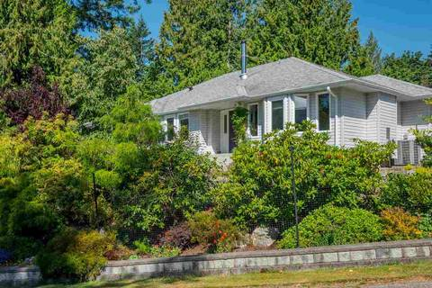 House for sale at 4635 Gerrans Bay Rd Madeira Park British Columbia - MLS: R2343774