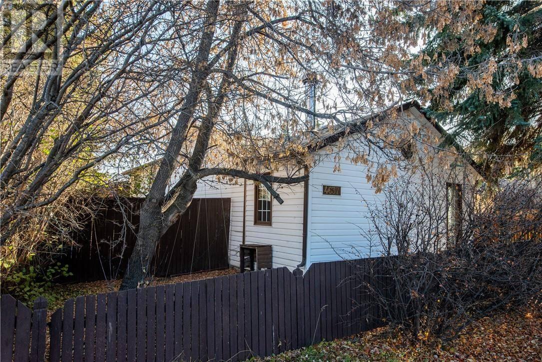 House for sale at 4637 49 St Sylvan Lake Alberta - MLS: ca0181555