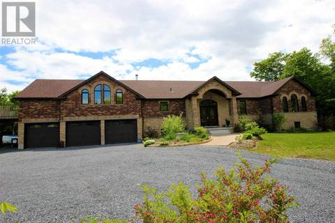 House for sale at 4637 Colebrook Rd South Frontenac Ontario - MLS: K19003239