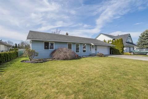 House for sale at 46386 Christina Dr Sardis British Columbia - MLS: R2408414