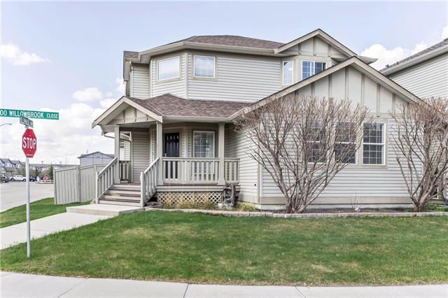 For Sale: 464 Willowbrook Close Northwest, Airdrie, AB   5 Bed, 3 Bath House for $489,900. See 36 photos!