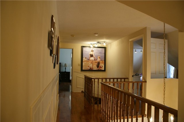 For Rent: 465 Woodland Acres Crescent, Vaughan, ON | 4 Bed, 4 Bath House for $3,600. See 9 photos!
