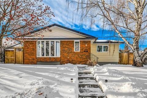 House for sale at 467 Northmount Dr Northwest Calgary Alberta - MLS: C4226729