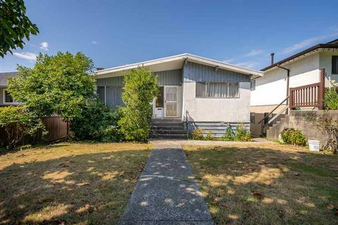 House for sale at 4675 Nanaimo St Vancouver British Columbia - MLS: R2403944
