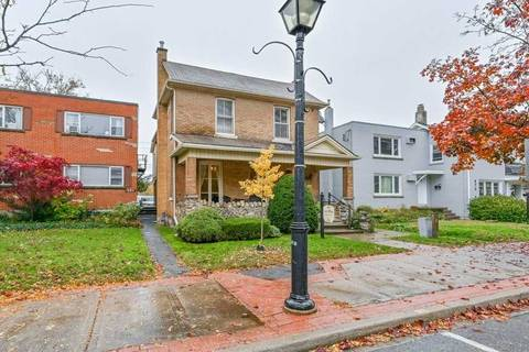468 Elizabeth Street, Burlington | Image 2
