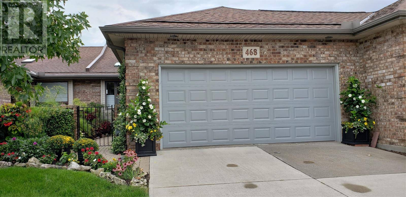 Townhouse for sale at 468 Martinique  Windsor Ontario - MLS: 19024520
