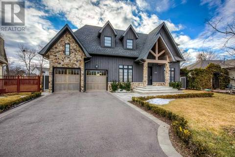 House for sale at 468 Southland Cres Oakville Ontario - MLS: W4392392