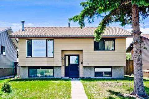 House for sale at 468 Whiteland Dr Northeast Calgary Alberta - MLS: C4255526