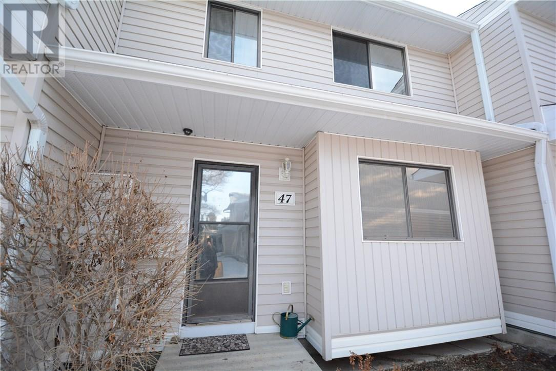 For Sale: 330 Haight Crescent, Saskatoon, SK | 3 Bed, 3 Bath Townhouse for $239,900. See 35 photos!