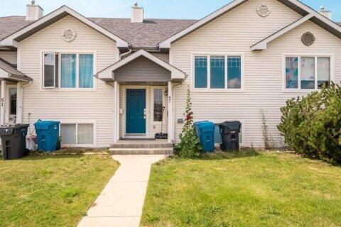 Townhouse for sale at 47 Blackfoot Blvd W Lethbridge Alberta - MLS: A1012755