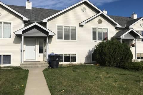 Townhouse for sale at 47 Blackfoot Blvd W Lethbridge Alberta - MLS: LD0172217