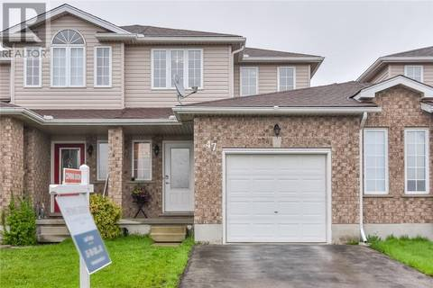 Townhouse for sale at 47 Chester Dr Cambridge Ontario - MLS: 30735035