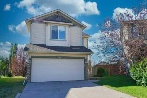 House for sale at 47 Cougar Ridge Ct SW Calgary Alberta - MLS: A1014120
