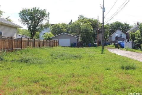 Home for sale at 47 Home St E Moose Jaw Saskatchewan - MLS: SK795894