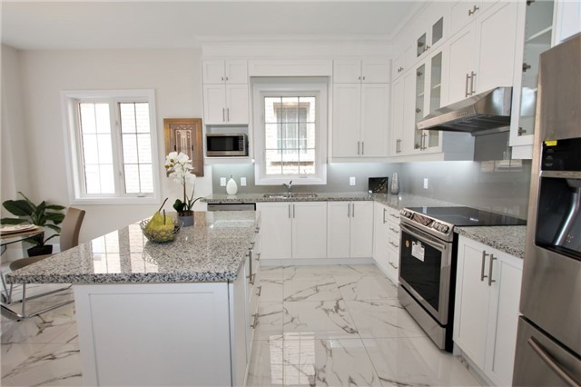For Sale: 47 Leary Crescent, Richmond Hill, ON   4 Bed, 4 Bath House for $1,390,000. See 20 photos!