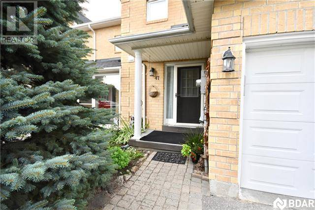 Townhouse for sale at 47 Lyfytt Cres Barrie Ontario - MLS: 30753773