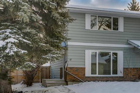 Townhouse for sale at 47 Midridge Garden(s) Southeast Calgary Alberta - MLS: C4285155