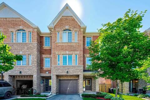 Townhouse for sale at 47 Pidgeon St Toronto Ontario - MLS: E4802390