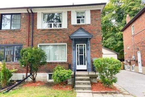Townhouse for rent at 47 Thursfield Cres Toronto Ontario - MLS: C4950683