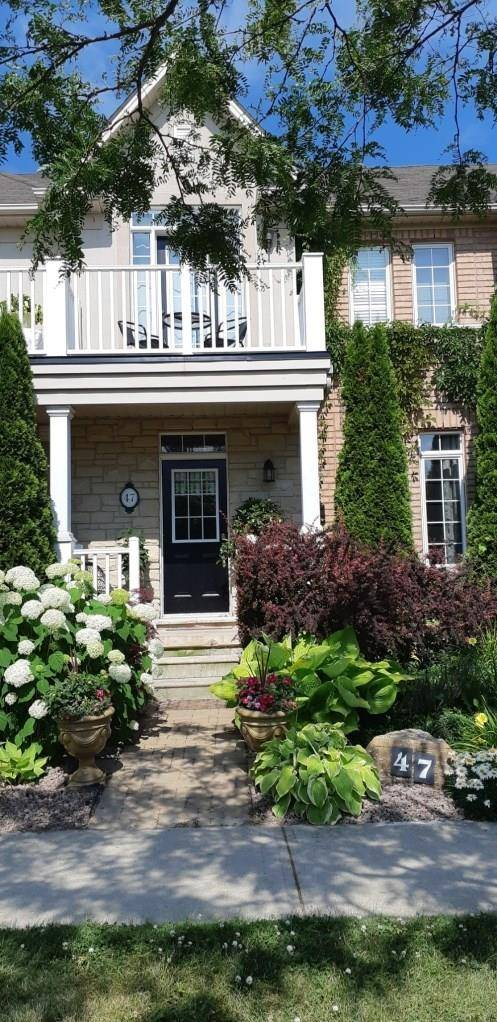 Townhouse for sale at 47 Westhampton Way Dr Stoney Creek Ontario - MLS: H4058967