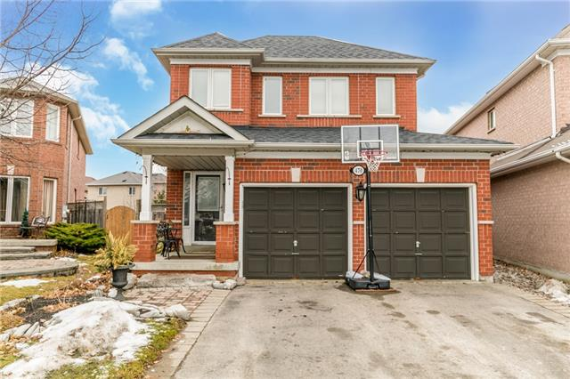 For Sale: 470 Menczel Crescent, Newmarket, ON | 4 Bed, 4 Bath House for $825,000. See 18 photos!